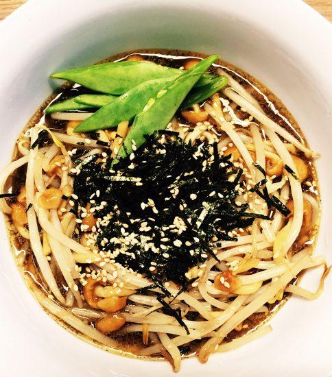よみがえりの黒 冷麺