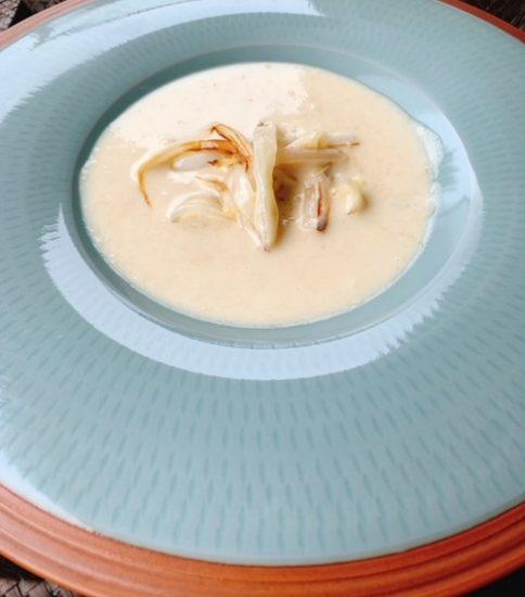 炒め白菜で香ばしいトッピング・豆乳と大豆の白いみそポタ